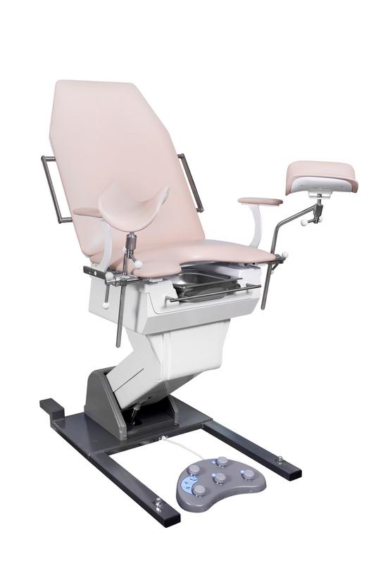 осмотр на гинекологическом кресле шлюи